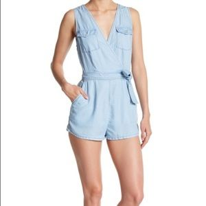 BB Dakota NWT Denim Chambray Romper Size 4